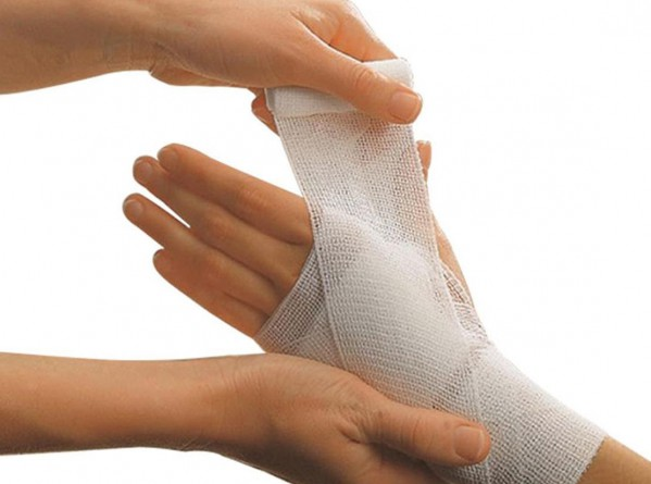 basic information about dressings and bandages survivalkit com